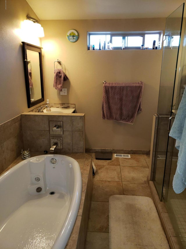 Image #40 of Property