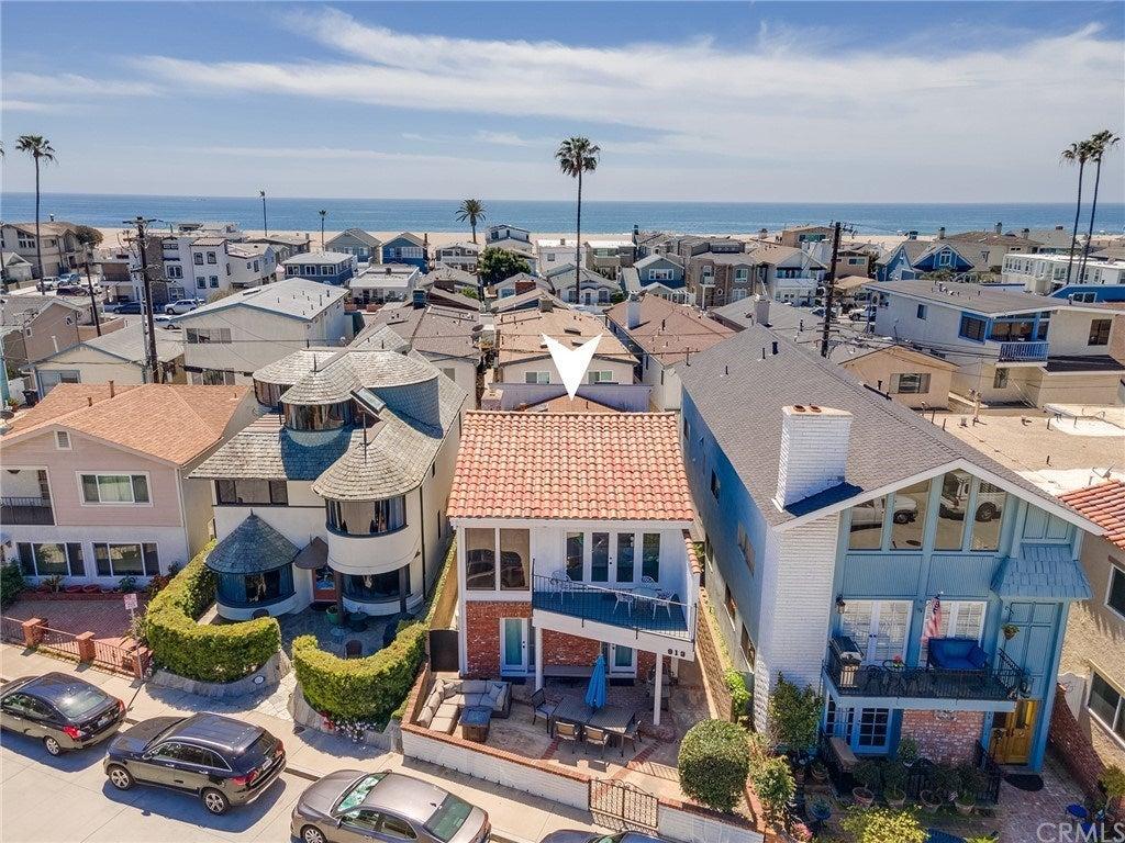 813 W Bay Avenue, Newport Beach