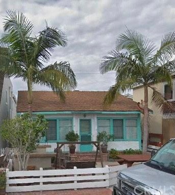 225 Diamond Avenue, Newport Beach
