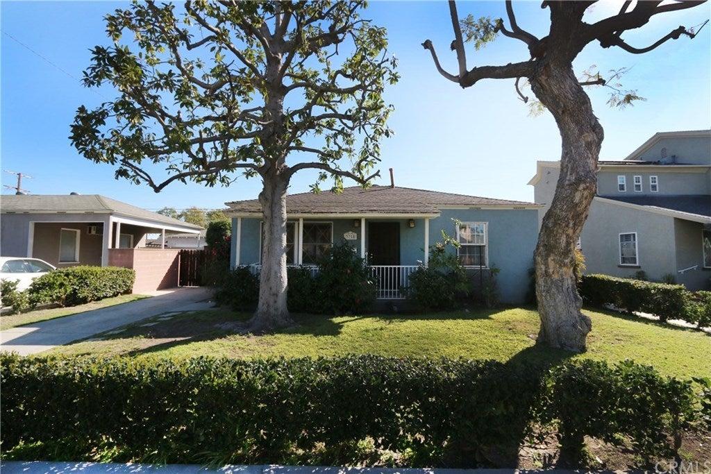 3758 Chatwin Avenue, Long Beach