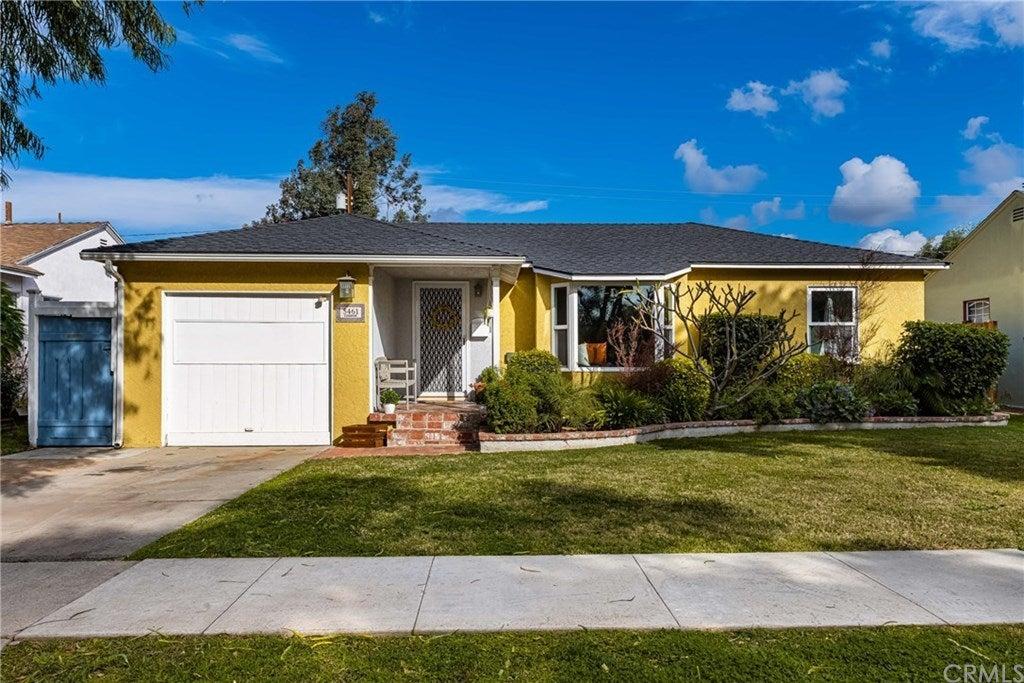 5461 E Fairbrook Street, Long Beach