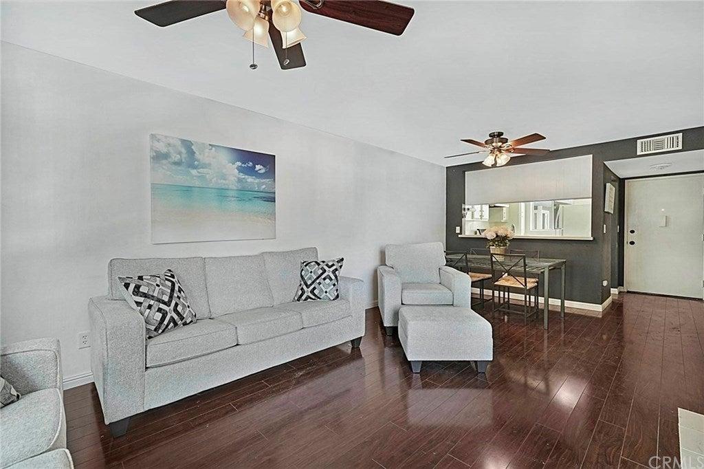 628 Daisy Avenue 312, Long Beach