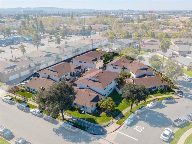 Photo of Listing #OC19068032