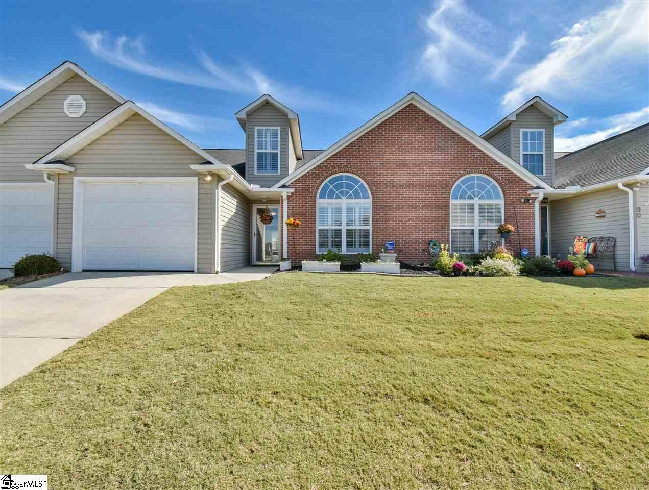 Magnolias at Southridge Condo/Townhouse Home for Sale - MLS®# 1404759