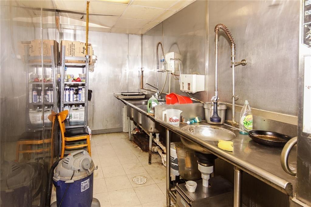 81 N Washington Street MLS 21506970 Empty photo 20