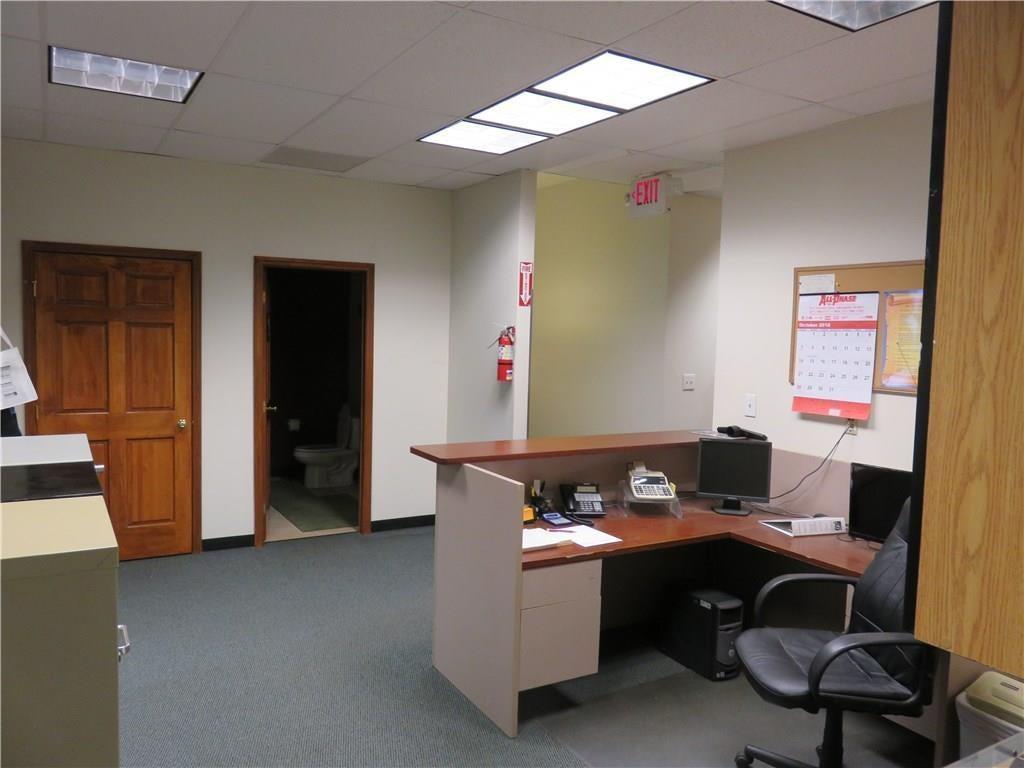 3340 Madison Avenue MLS 21610258 Empty photo 20