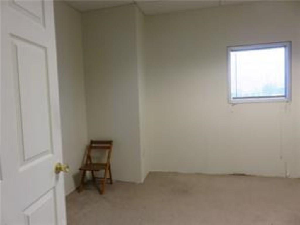 3340 Madison Avenue MLS 21610365 Empty photo 30