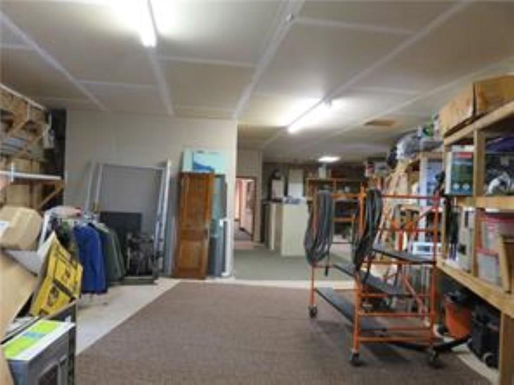3340 Madison Avenue MLS 21610365 Empty photo 32