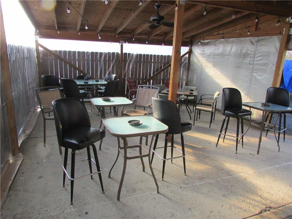 7941 E 30th Street MLS 21610423 Empty photo 29