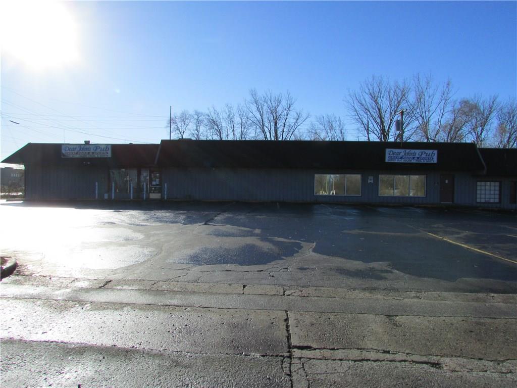 7941 E 30th Street MLS 21610423 Empty photo 2