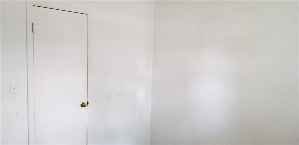 5242 S Emerson Avenue MLS 21631411 Empty photo 19