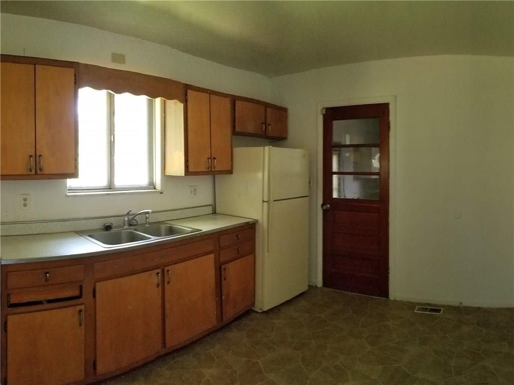 5242 S Emerson Avenue MLS 21631411 Empty photo 22