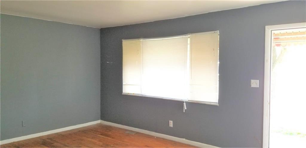 5242 S Emerson Avenue MLS 21631411 Empty photo 5