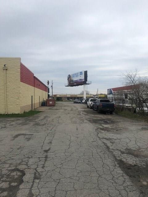 8520 N Michigan Road MLS 21632039 Empty photo 5