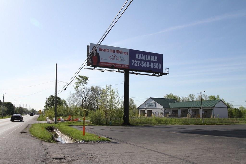 10809 E Us Highway 136 MLS 21640365 Empty photo 12