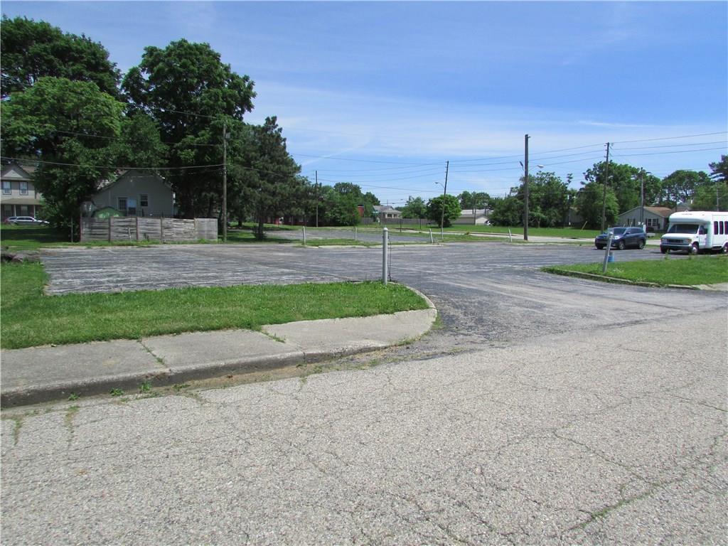 1146 S Kenwood Avenue MLS 21647030 Empty photo 36