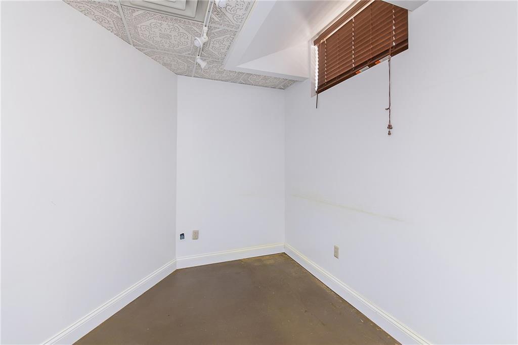 1250 E Conner Street MLS 21647759 Empty photo 35