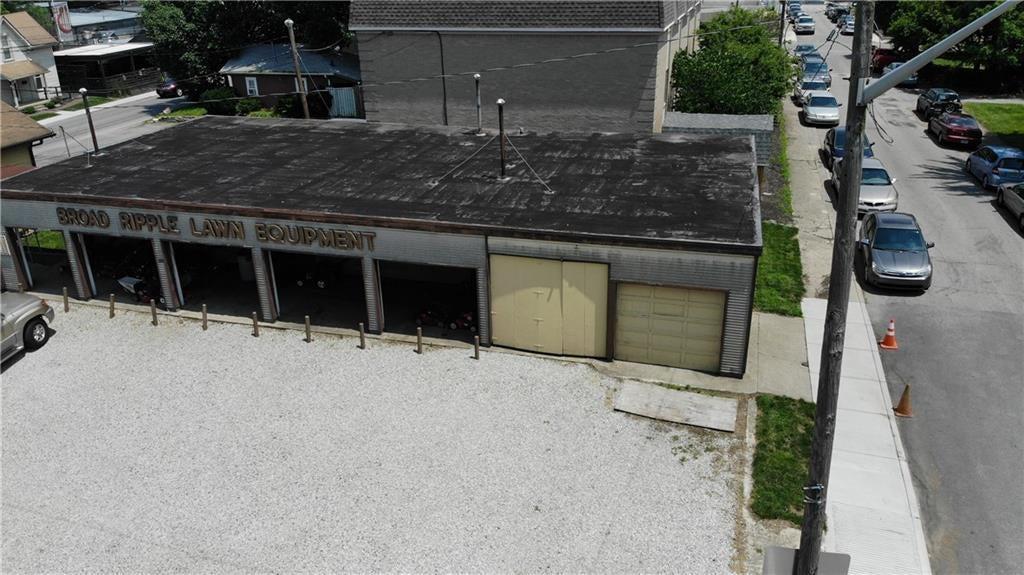 823 E 64th Street MLS 21651349 Empty photo 19