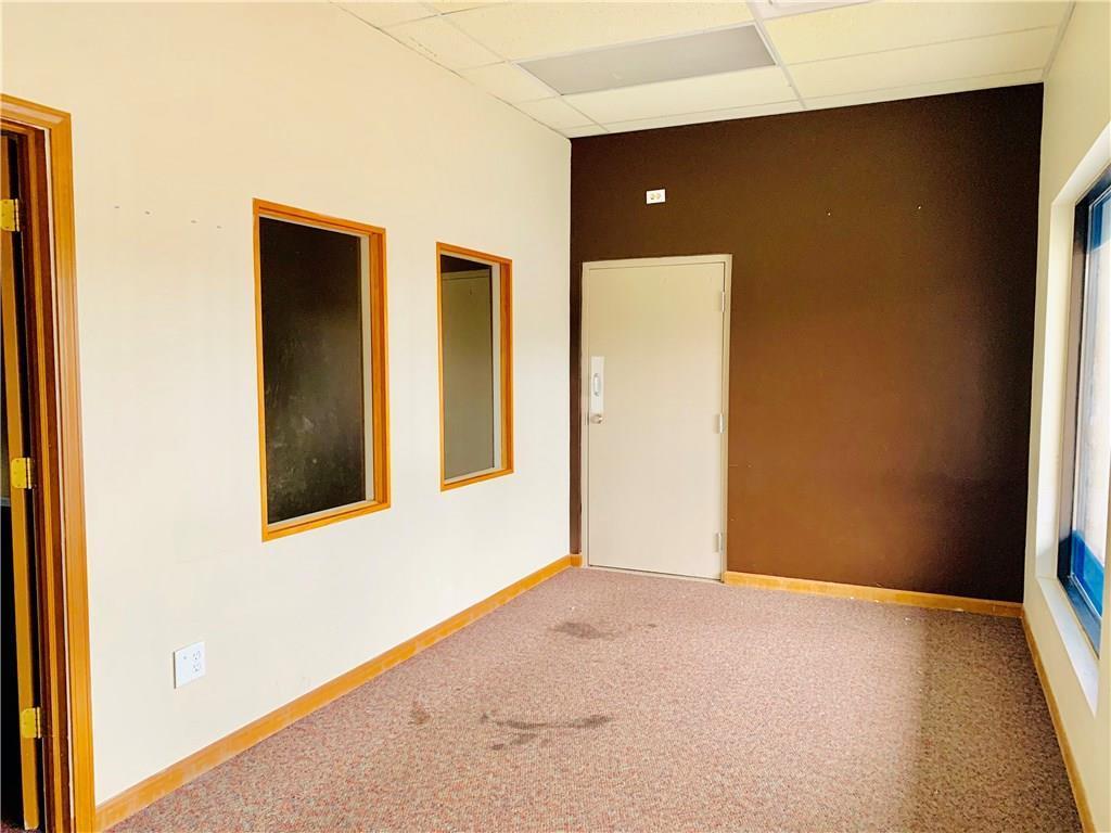 2801 Fairview Place Suite K MLS 21670177 Empty photo 2