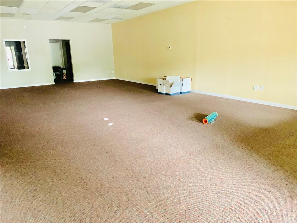 2801 Fairview Place Suite K MLS 21670177 Empty photo 4