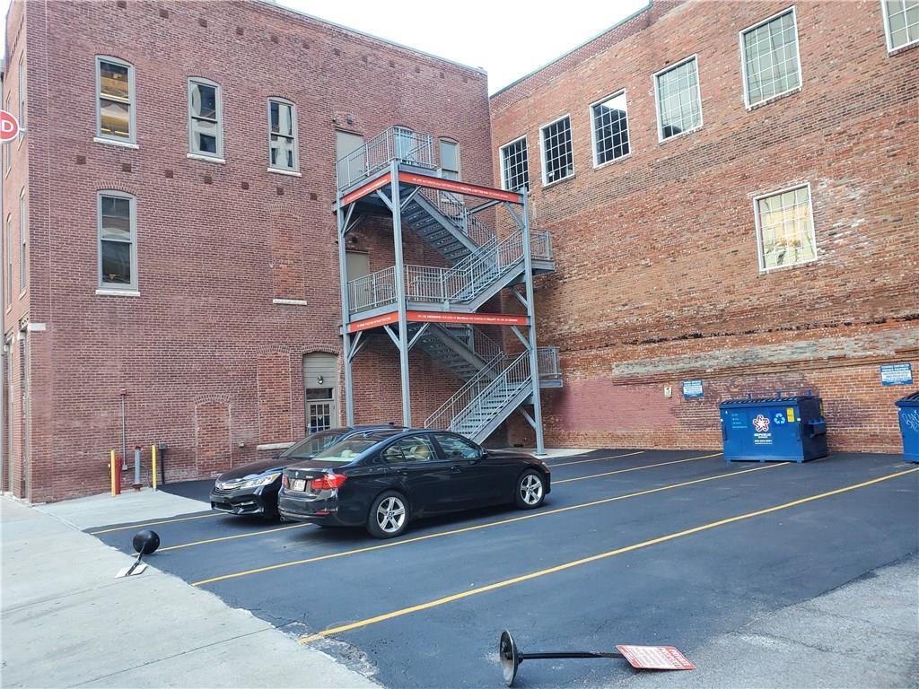 207 N Delaware Street MLS 21672521 Empty photo 1