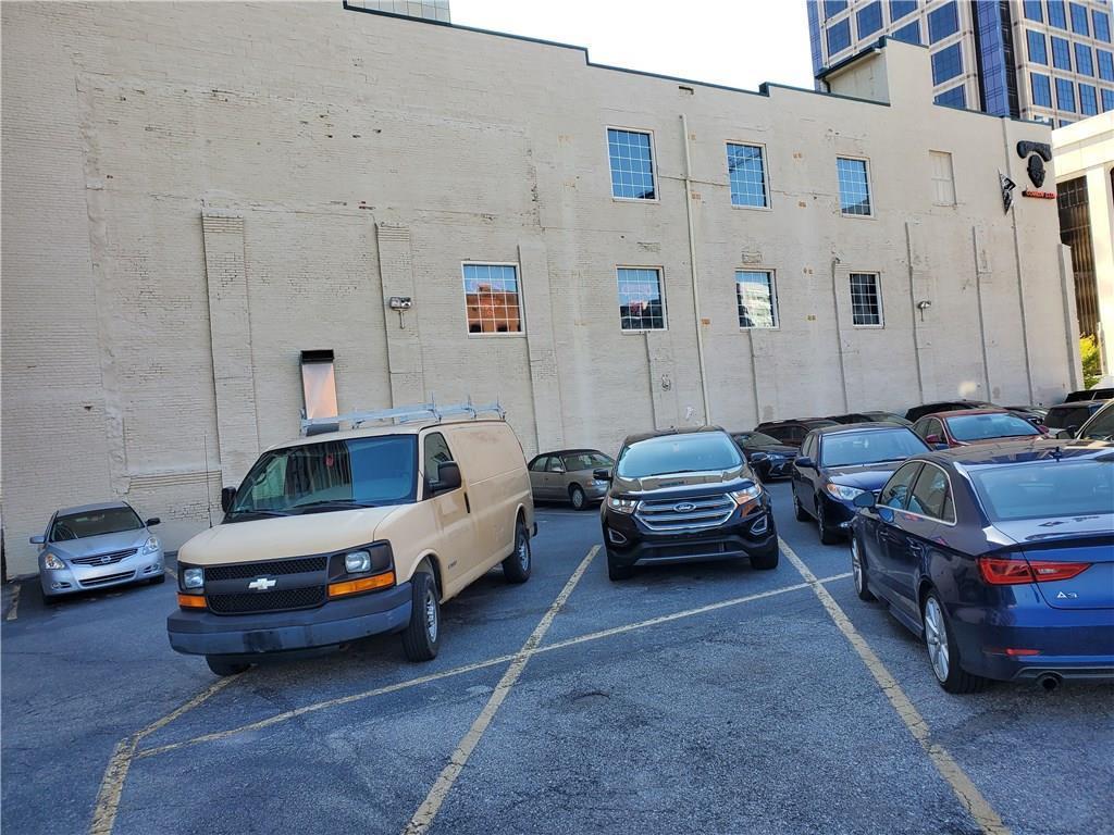 207 N Delaware Street MLS 21672521 Empty photo 3