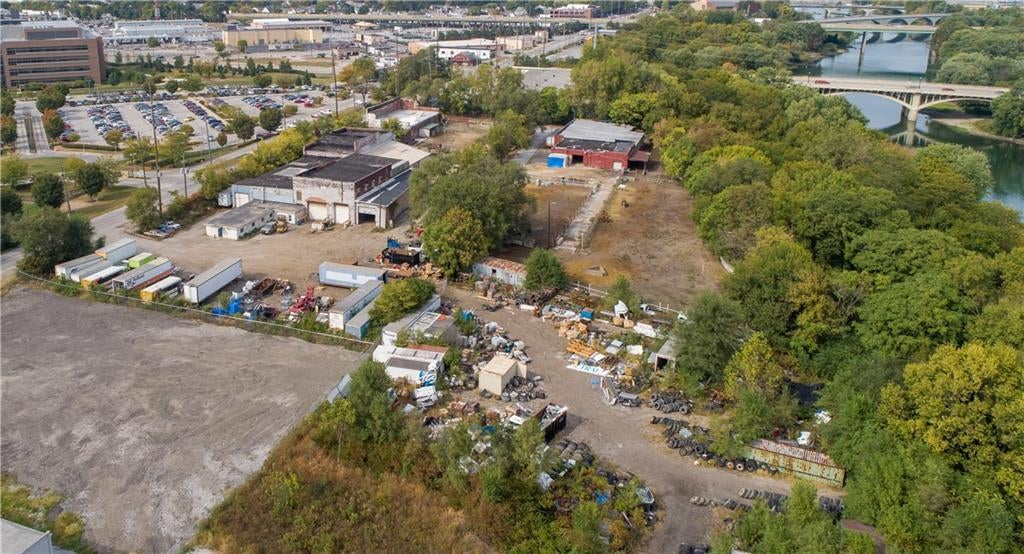 1315 Drover Street MLS 21674402 Empty photo 4