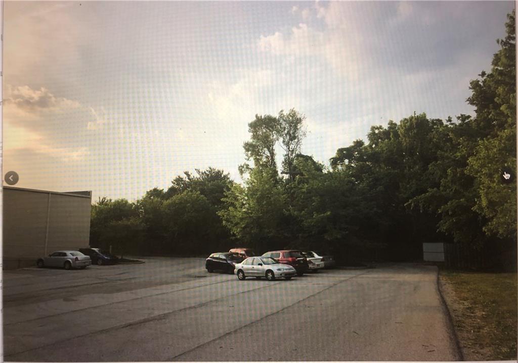 1641 W County Line Road MLS 21679313 Empty photo 2
