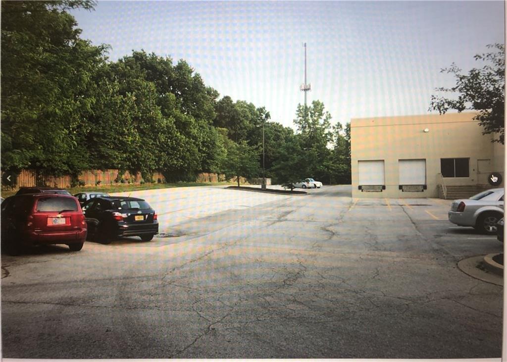 1641 W County Line Road MLS 21679313 Empty photo 5