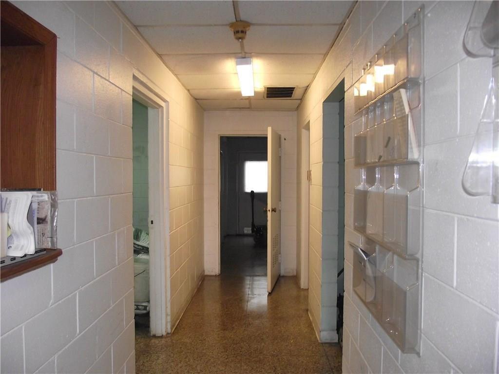 4500 Southeastern Avenue MLS 21690712 Empty photo 8