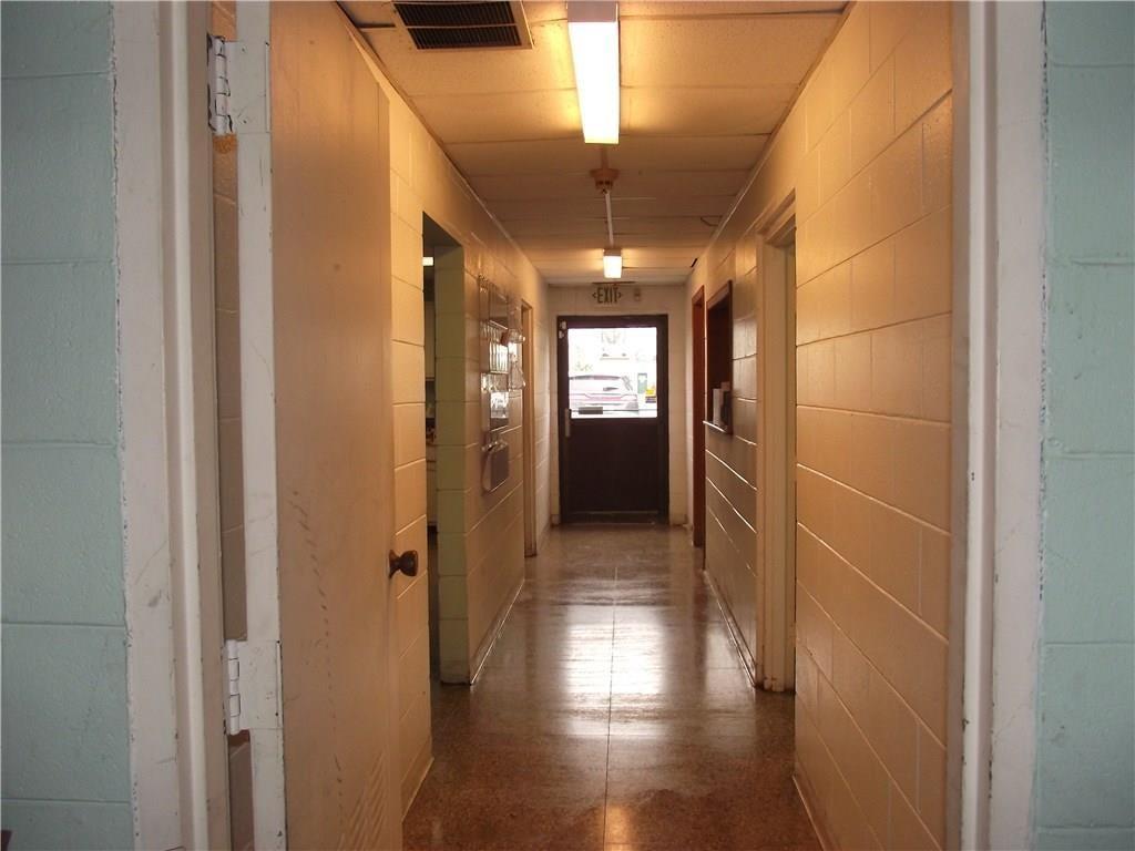 4500 Southeastern Avenue MLS 21690712 Empty photo 10