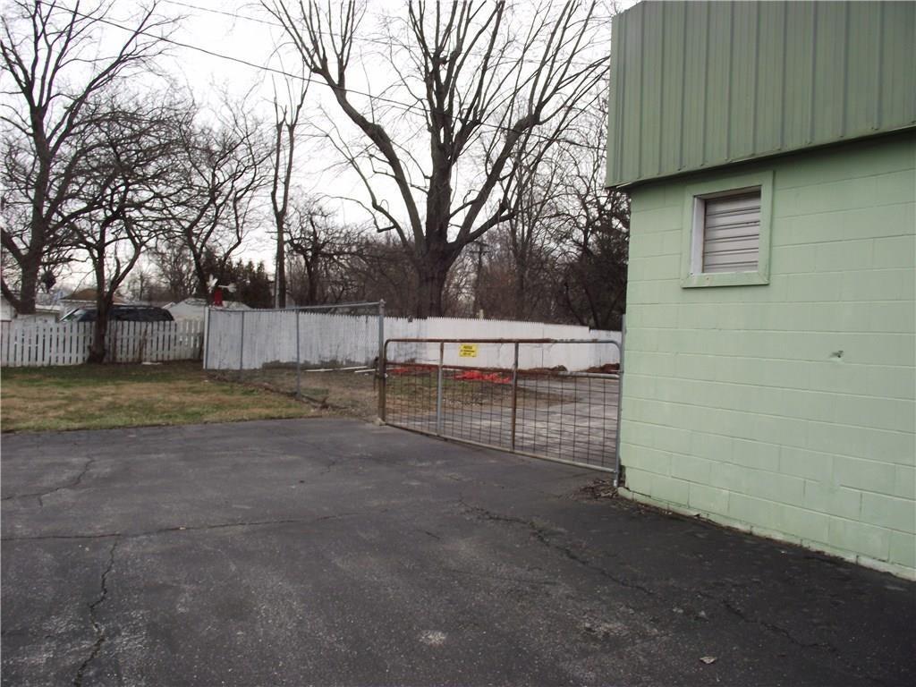 4500 Southeastern Avenue MLS 21690712 Empty photo 17
