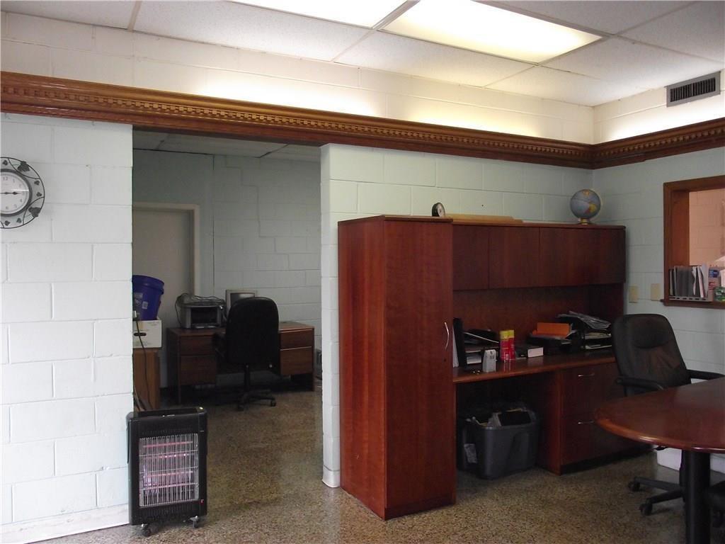 4500 Southeastern Avenue MLS 21690712 Empty photo 6