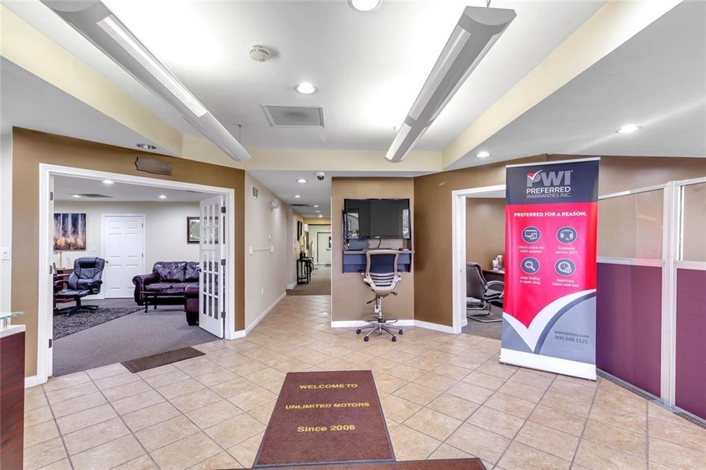 17317 Westfield Park Road MLS 21692693 Empty photo 4