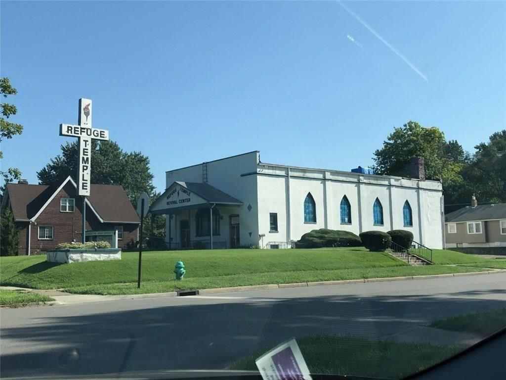 2245 E Riverside Drive, Indianapolis