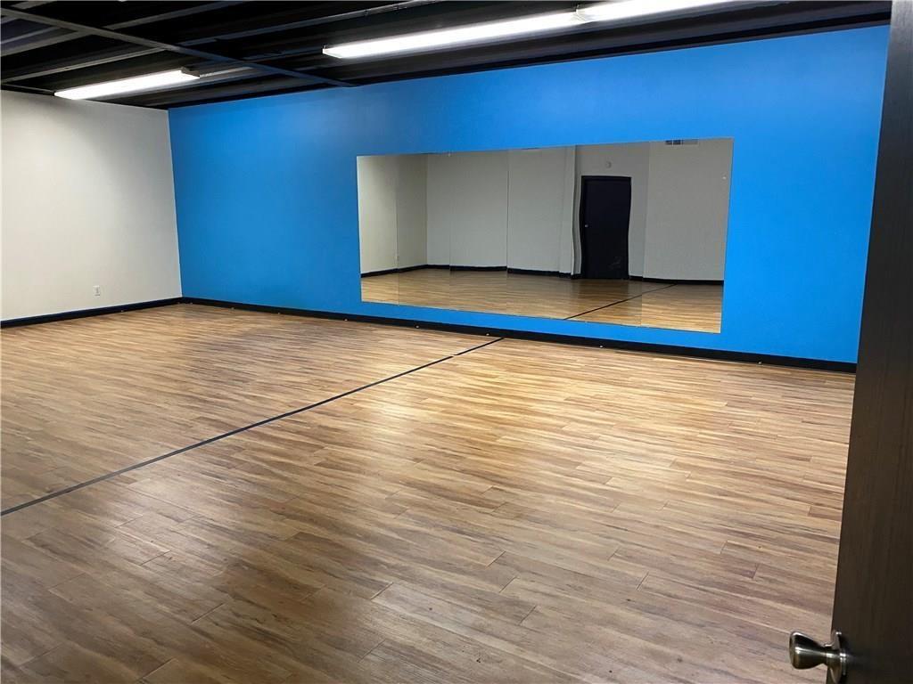 6450 W 10th Street MLS 21696733 Empty photo 4
