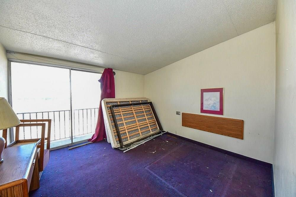4505 S Harding Street MLS 21701316 Empty photo 11