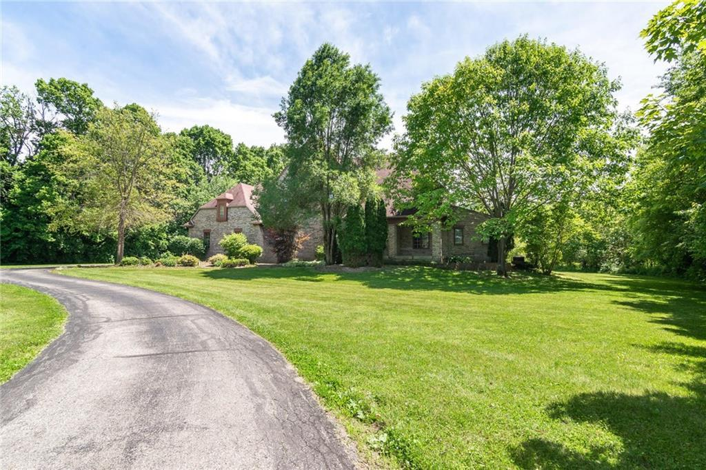 Photo of 3511 Willow Road Zionsville, IN 46077