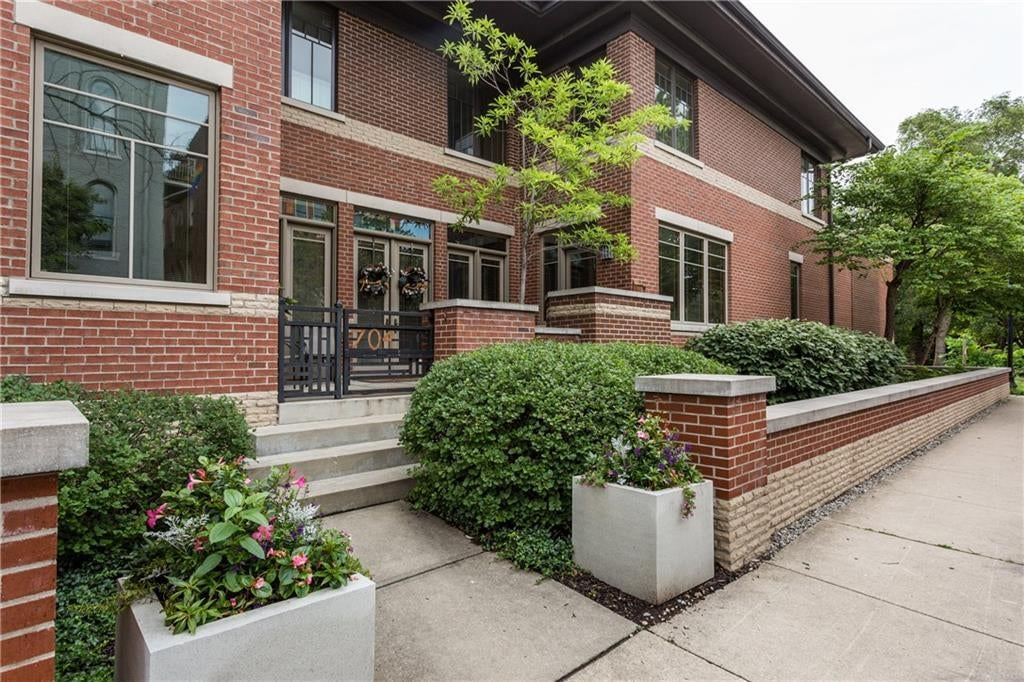 Photo of 704 N Park Avenue Indianapolis, IN 46202