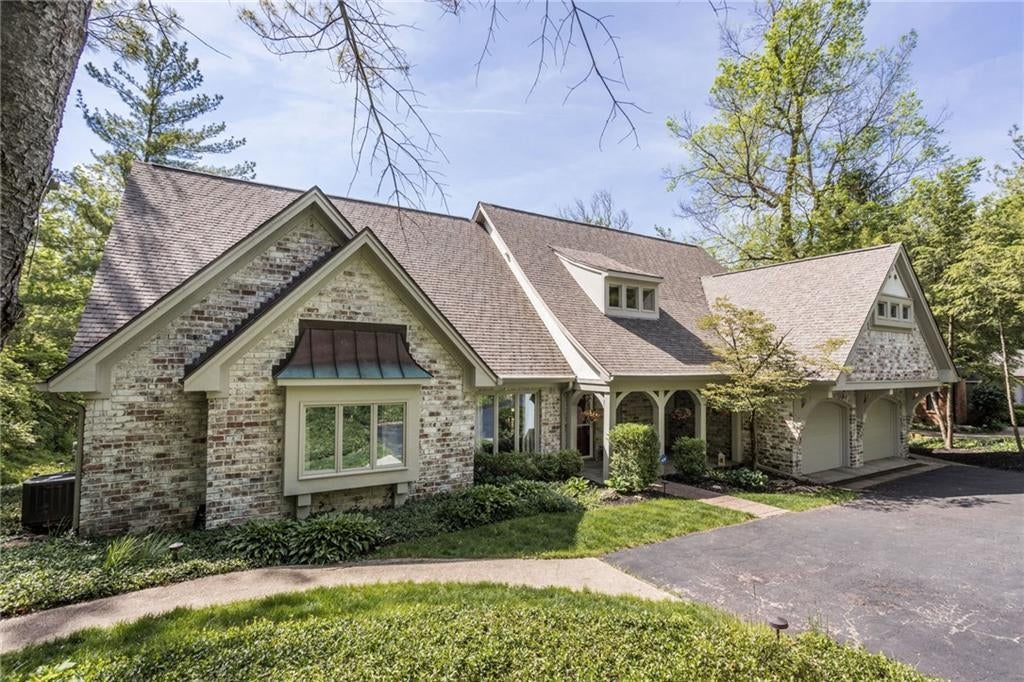 Photo of 11529 Fall Creek Road Indianapolis, IN 46256