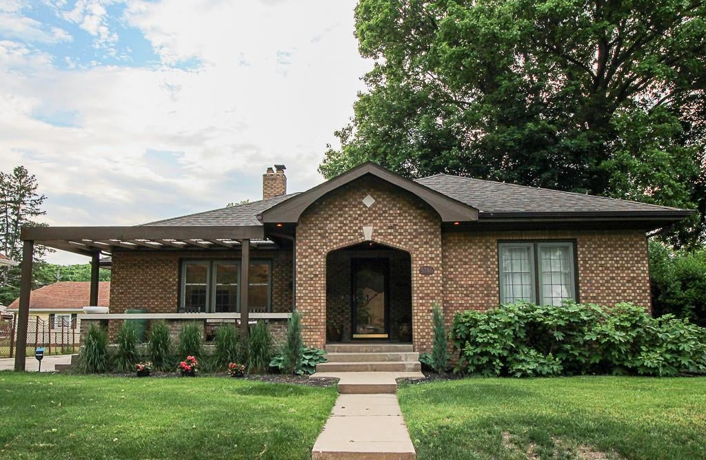 Photo of 5746 N College Avenue Indianapolis, IN 46220