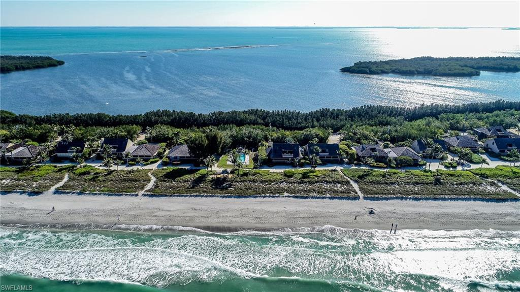 SW Florida Home for Sale - View SW FL MLS Listing #218018805 at 17 Beach Homes in CAPTIVA, FL - 33924