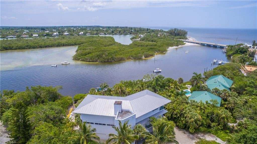 SW Florida Home for Sale - View SW FL MLS Listing #218049582 at N/a in CAPTIVA, FL - 33924
