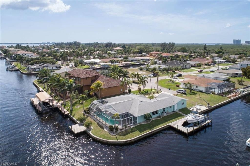 Real Estate - View SW FL MLS #218073107 at 111 Sw 57th St in CAPE CORAL in CAPE CORAL, FL - 33914