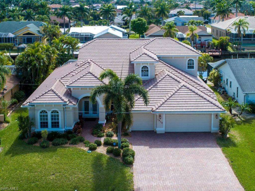 SW Florida Home for Sale - View SW FL MLS Listing #219006780 at 1514 Sw 52nd Ln in CAPE CORAL, FL - 33914