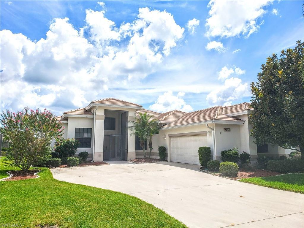 OLDE HICKORY GOLF & COUNTRY CLUB Home for Sale - View SW FL MLS #219014654 at 9160 Old Hickory Cir in OLDE HICKORY GOLF & COUNTRY CLUB in FORT MYERS, FL - 33912