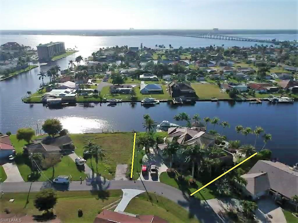 SW Florida Home for Sale - View SW FL MLS Listing #219017334 at 1814 Se 44th St in CAPE CORAL, FL - 33904