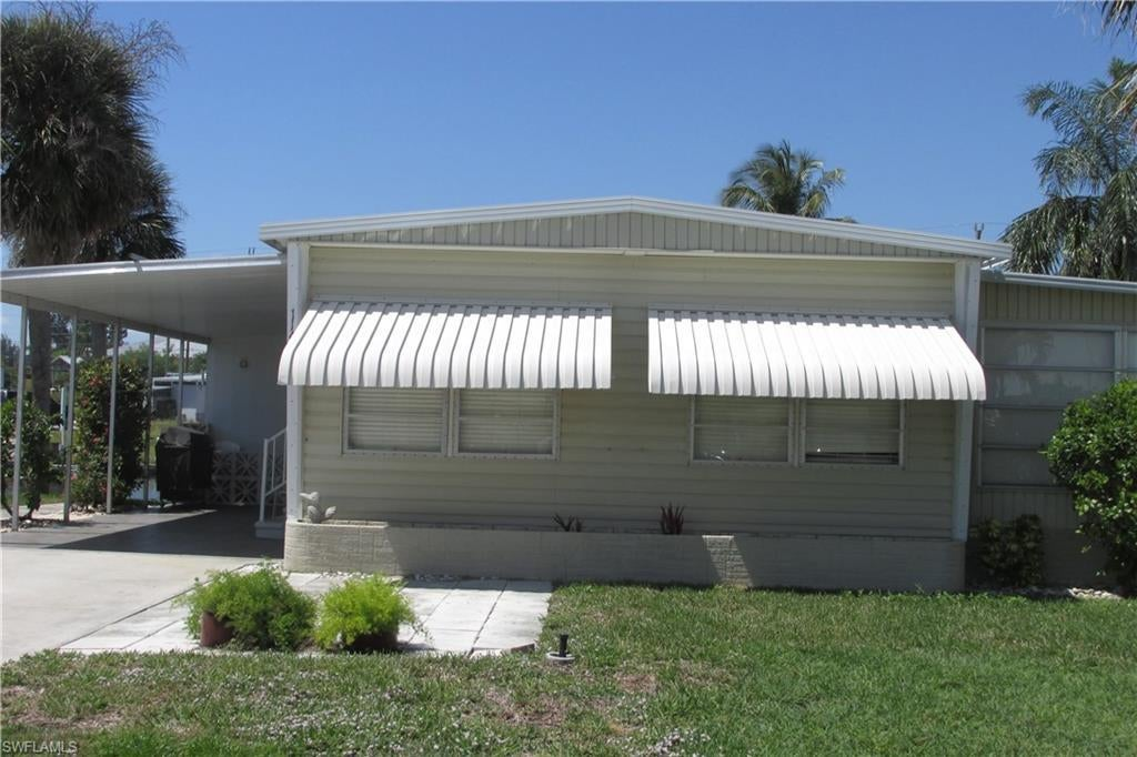 SW Florida Home for Sale - View SW FL MLS Listing #219022817 at 11430 Bougainvillea Ln in FORT MYERS BEACH, FL - 33931