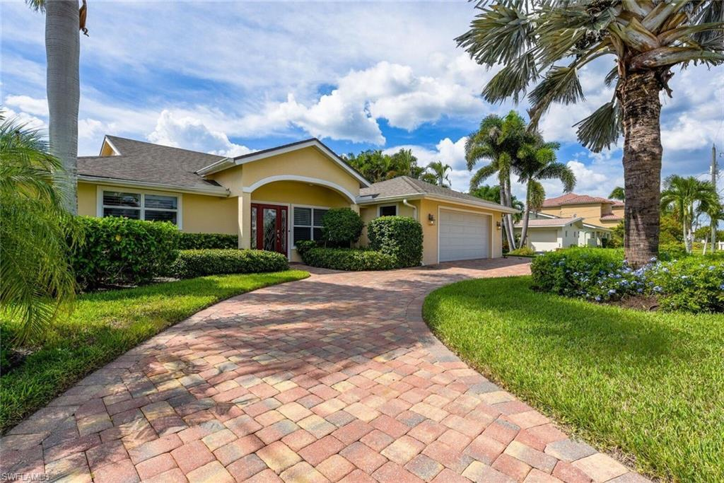 FORT MYERS BEACH Home for Sale - View SW FL MLS #219025208 in SIESTA ISLES