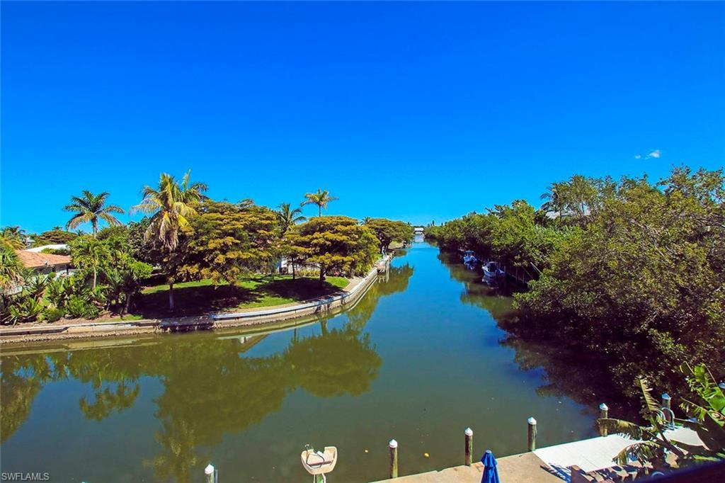 SW Florida Home for Sale - View SW FL MLS Listing #219031395 at 805 E Gulf Dr # C7 in SANIBEL, FL - 33957